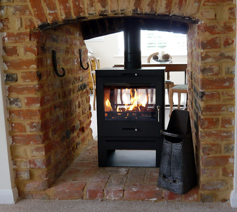 Finest Bohemia 60 Double-sided - Fitz Woodburners & Stoves KG18