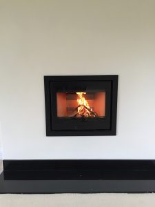 Inset woodburning stove